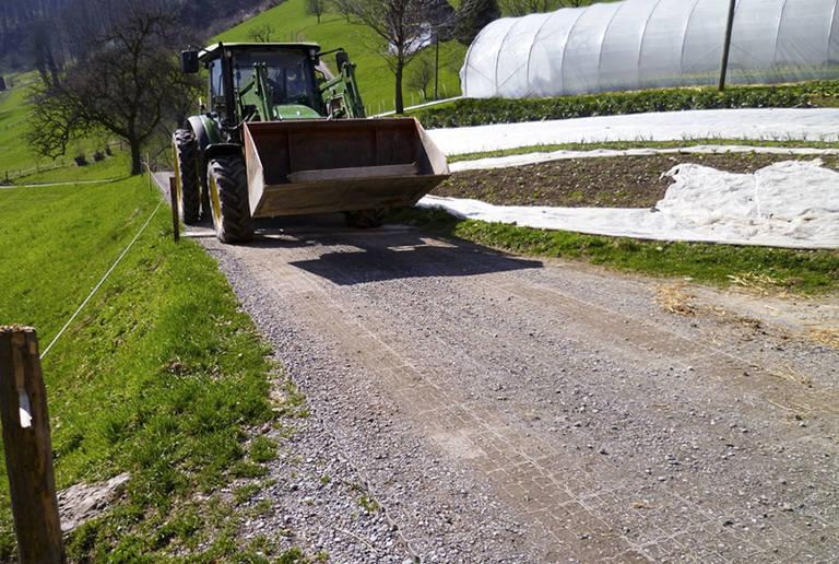 Landwirtschaftsbetrieb – Zufahrtswege