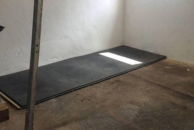 Reitanlage Neustadt – Stall und Box